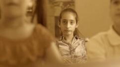 bored-female-student-latina-girl-in-class-at-school_b5qtkk0vl_thumbnail-small08.jpg